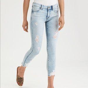 AEO Light denim Jegging crop jeans